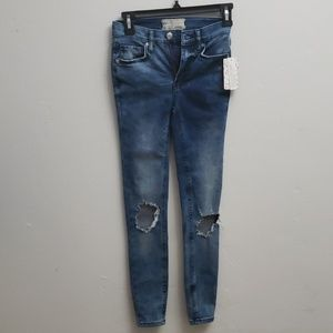 Free People jeans skinny distressed at knee